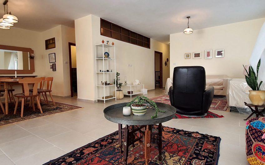 شقة تصميم عصري في بيتونيا
